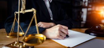 Situations When You Need to Hire An Experienced Lawyer